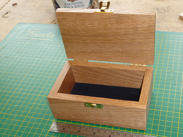Small Hardwood Custom Wooden Boxes For Presentation And Gifts